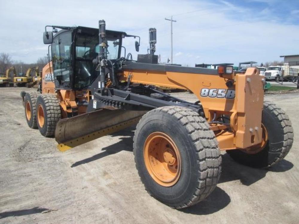 Detail photo of 2012 Case 865B from Construction Equipment Guide