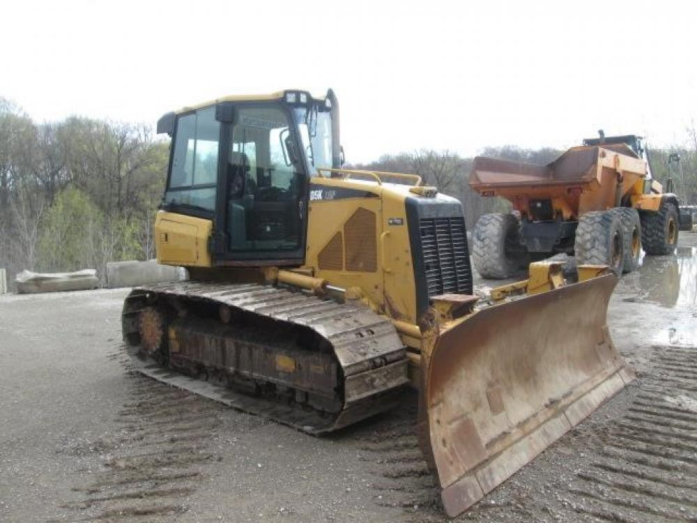 Detail photo of 2009 Caterpillar D5K LGP from Construction Equipment Guide