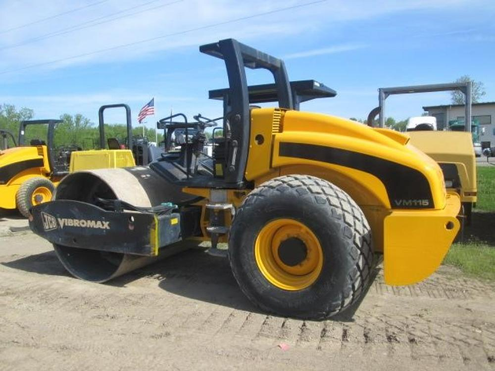 Detail photo of 2008 JCB VM115D from Construction Equipment Guide