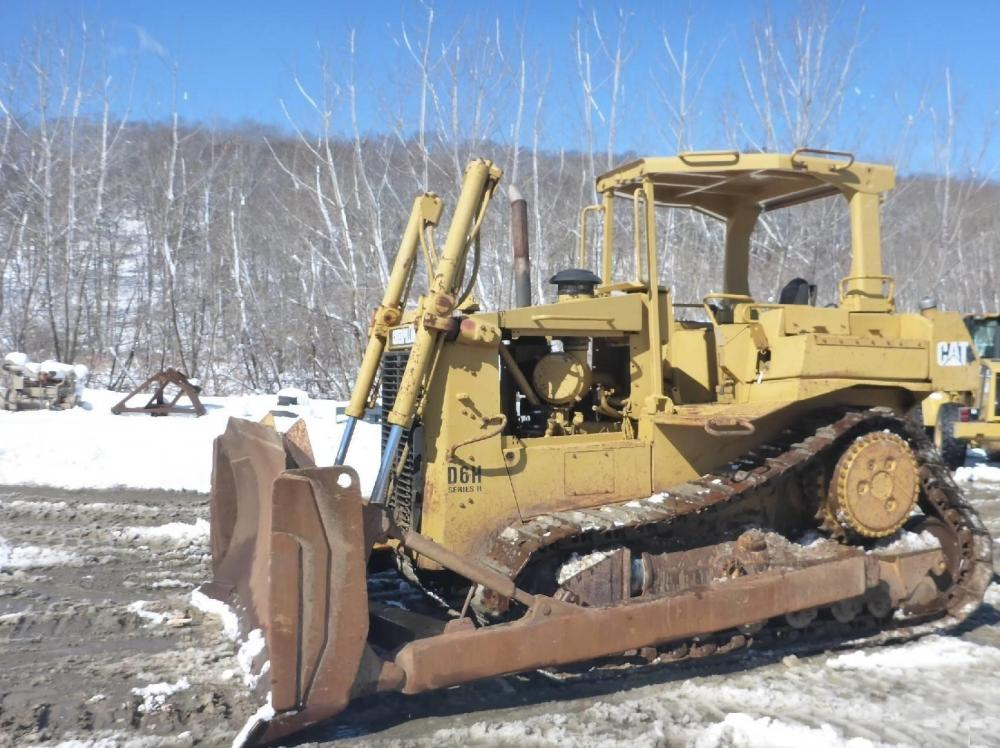Detail photo of 1989 Caterpillar D6H II from Construction Equipment Guide