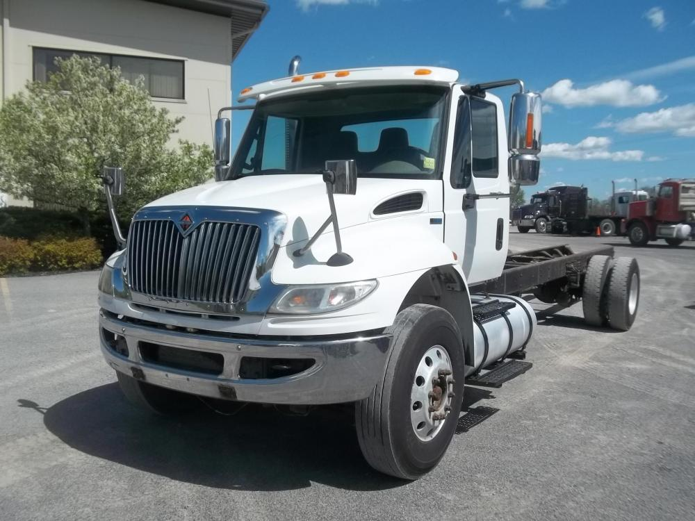 Detail photo of 2011 International 4400 from Construction Equipment Guide