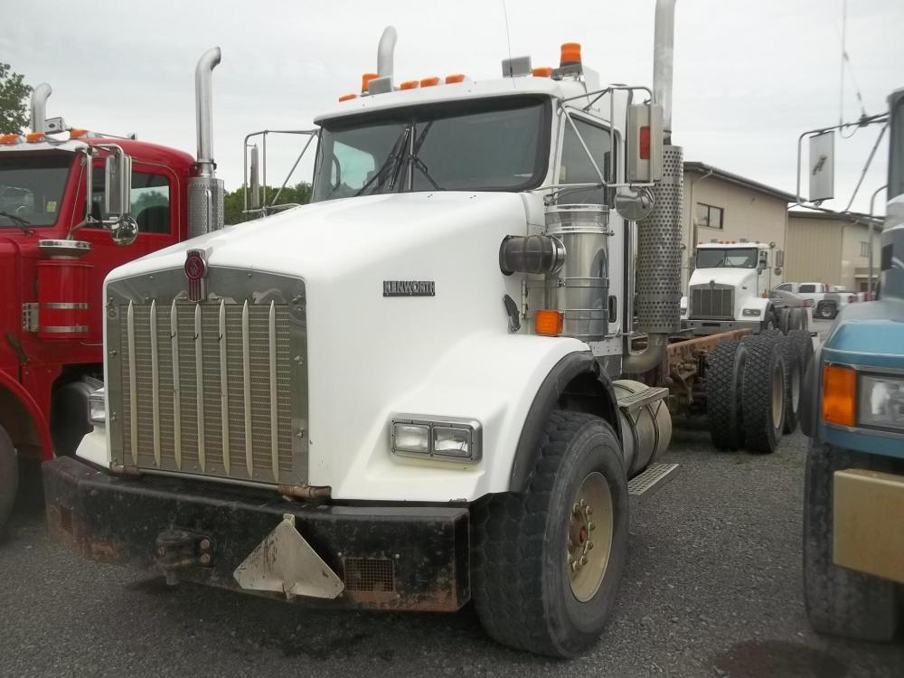 Detail photo of 2007 Kenworth T800B from Construction Equipment Guide