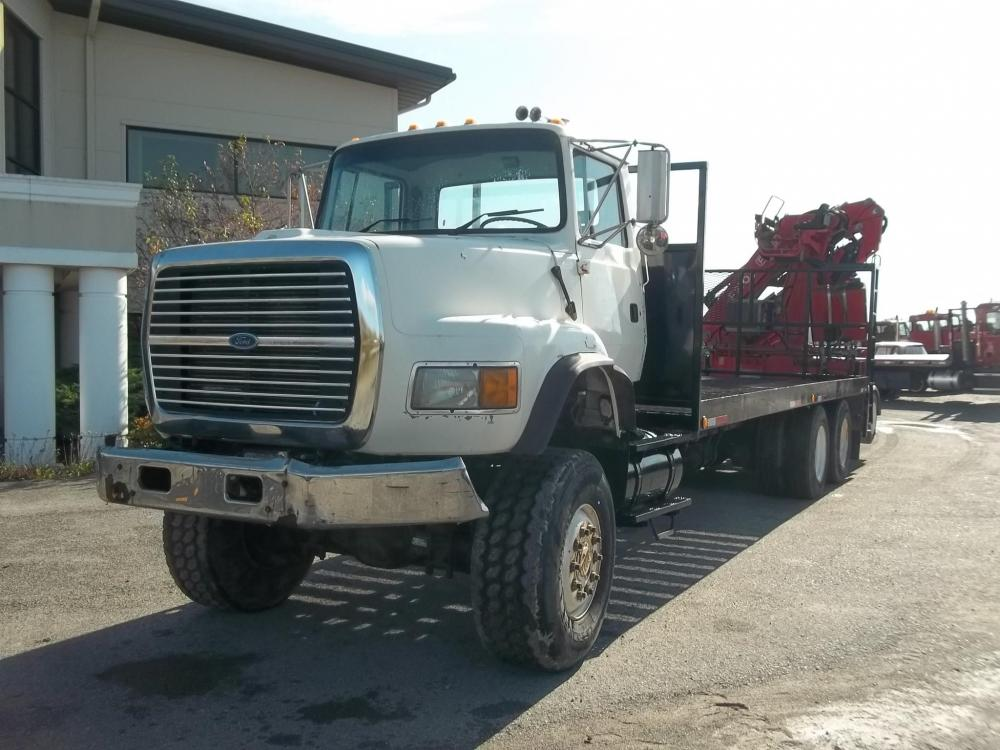 Detail photo of 1997 Ford LTLS9000 from Construction Equipment Guide
