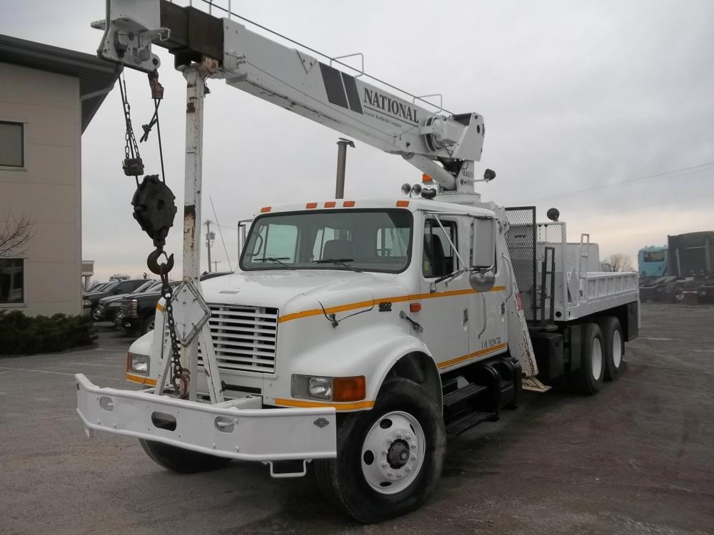 Detail photo of 2000 National 400A from Construction Equipment Guide