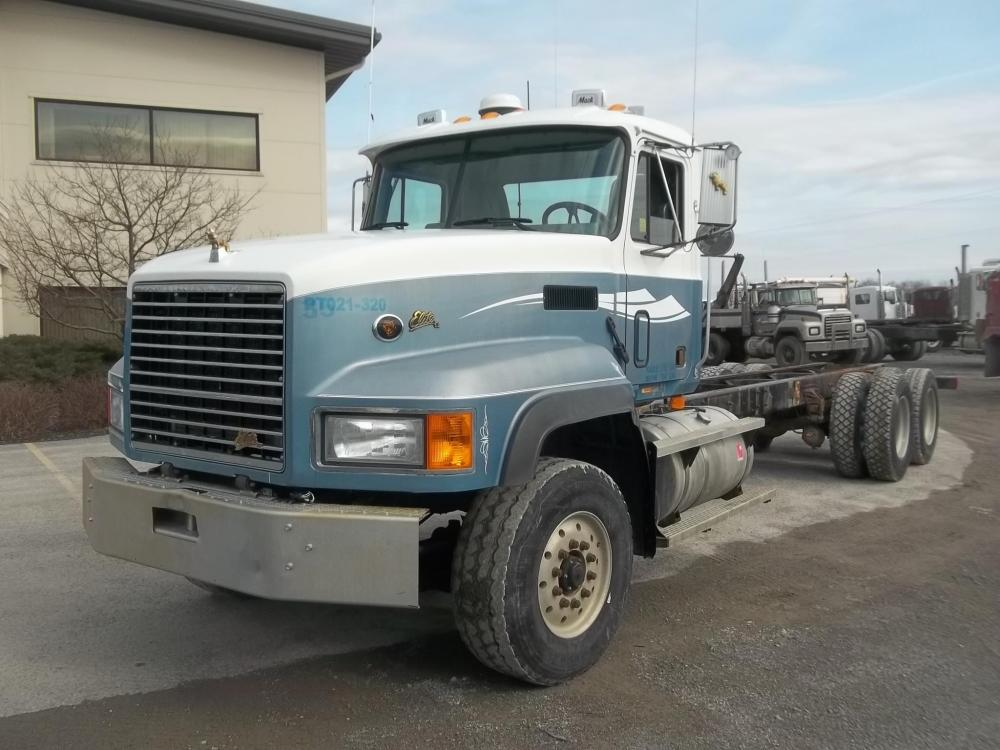 Detail photo of 2002 Mack CL713 from Construction Equipment Guide