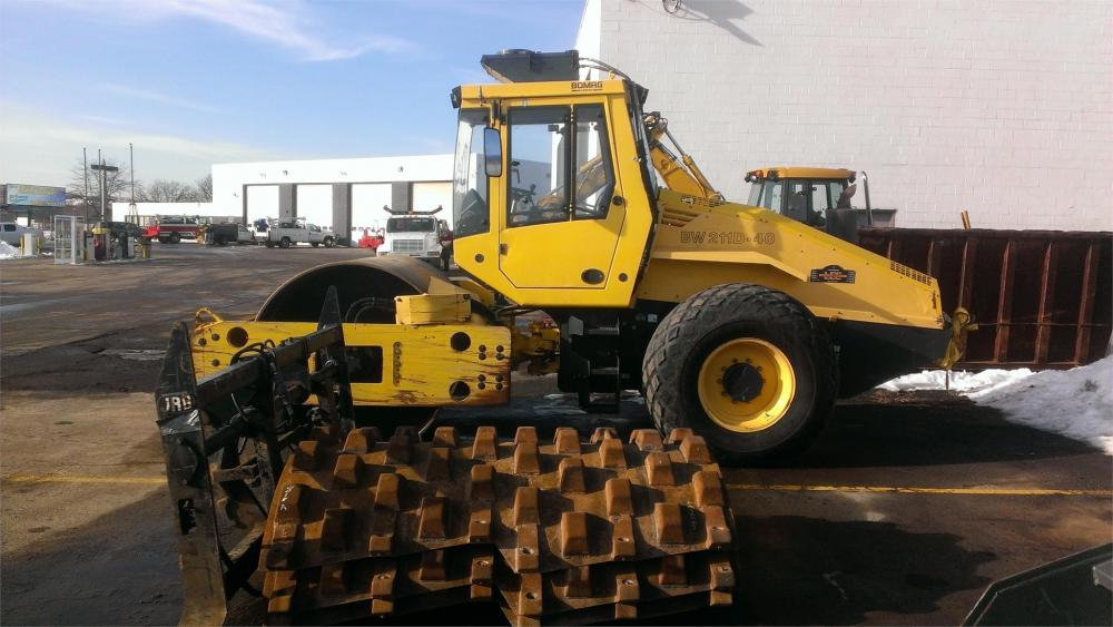 Detail photo of 2009 Bomag BW 211 D-40 from Construction Equipment Guide