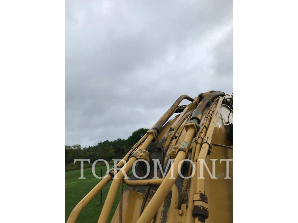 Detail photo of 2002 Caterpillar 345BL from Construction Equipment Guide