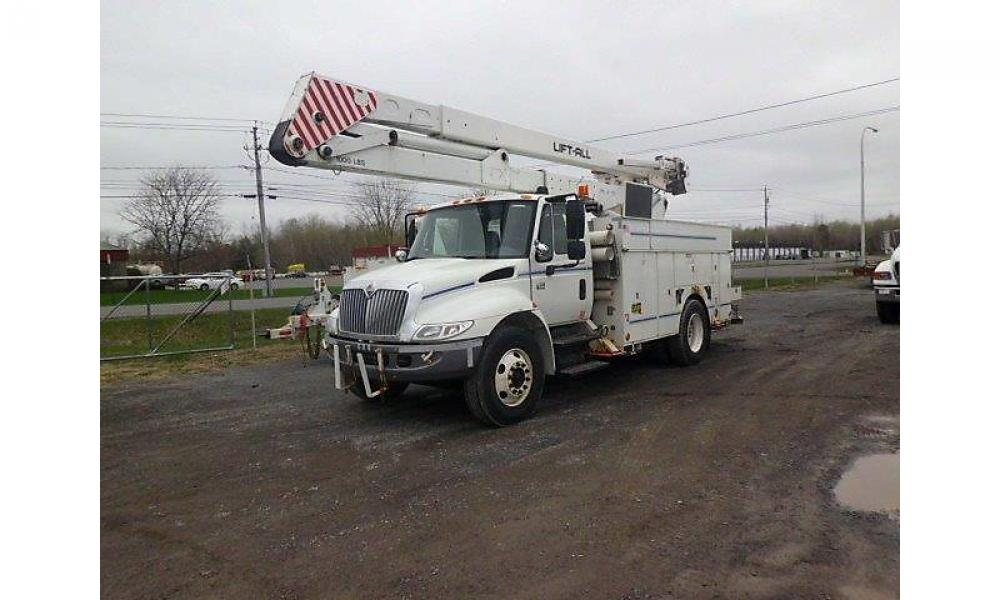 Detail photo of 2006 International 4300 from Construction Equipment Guide