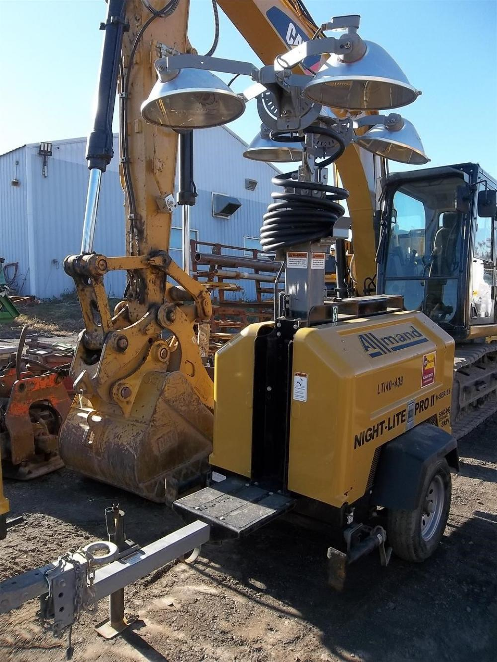 Detail photo of 2014 Allmand NIGHT-LITE PRO II V SERIES from Construction Equipment Guide