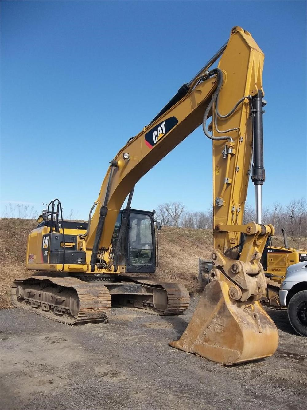 Detail photo of 2013 Caterpillar 329EL from Construction Equipment Guide
