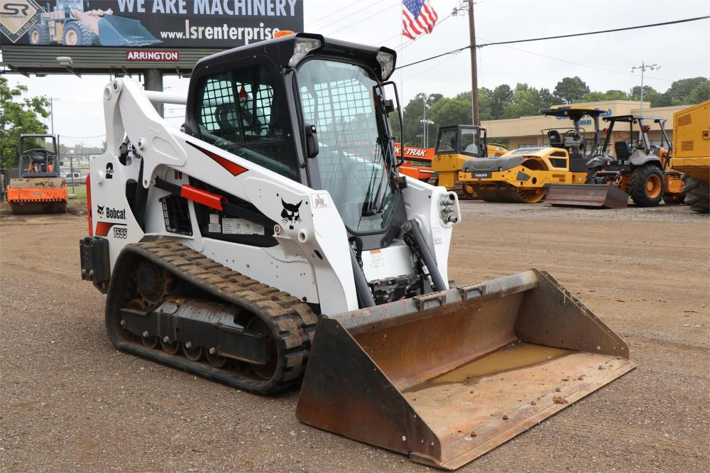 Detail photo of 2018 Bobcat T595 from Construction Equipment Guide