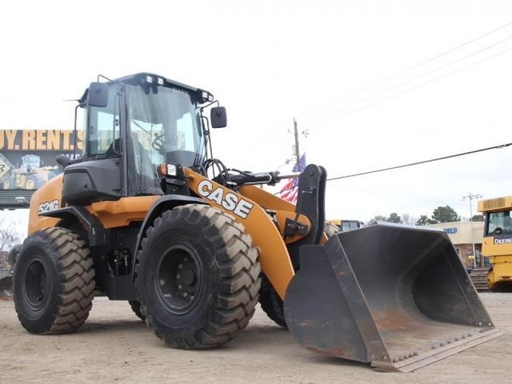 Detail photo of 2018 Case 521G from Construction Equipment Guide