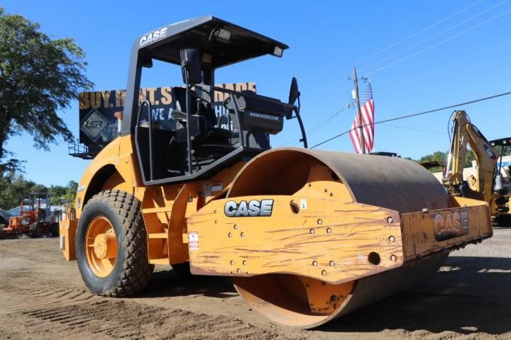 Detail photo of 2013 Case SV208 from Construction Equipment Guide