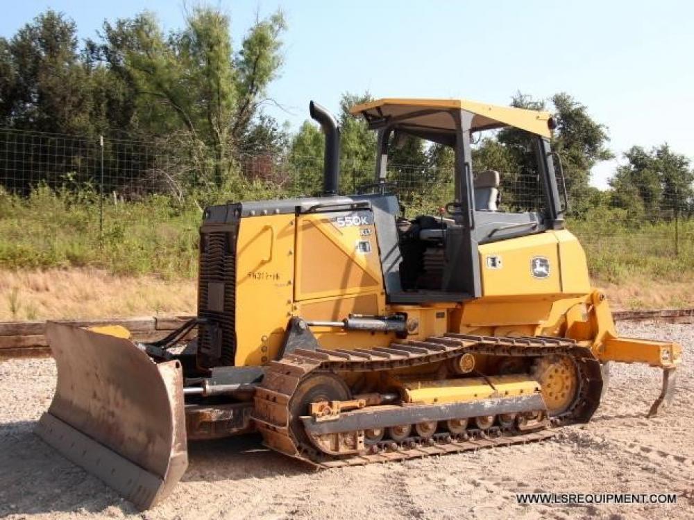 Detail photo of 2012 John Deere 550K XLT from Construction Equipment Guide