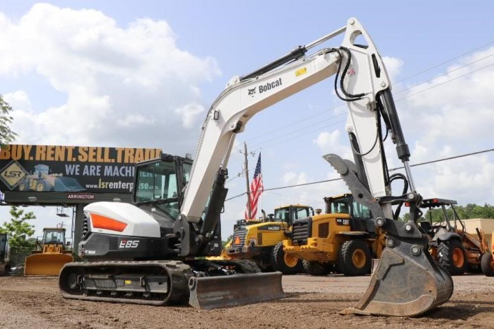 Detail photo of 2018 Bobcat E85 from Construction Equipment Guide