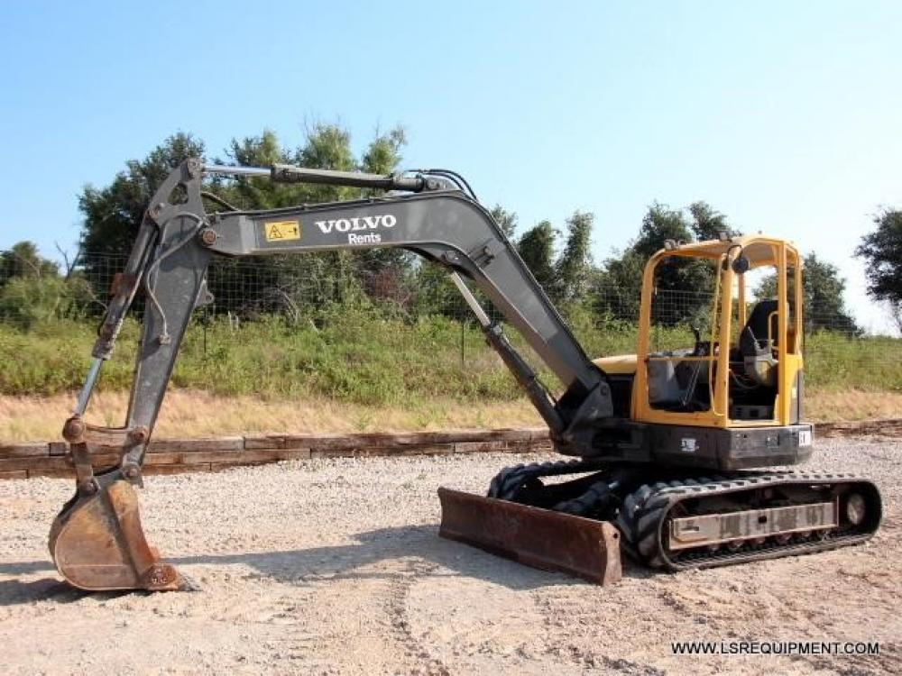Detail photo of 2012 Volvo ECR88 from Construction Equipment Guide