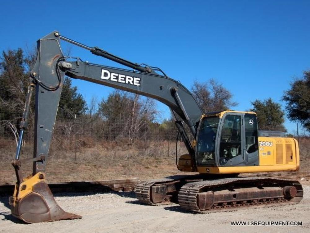 Detail photo of 2008 John Deere 200D LC from Construction Equipment Guide