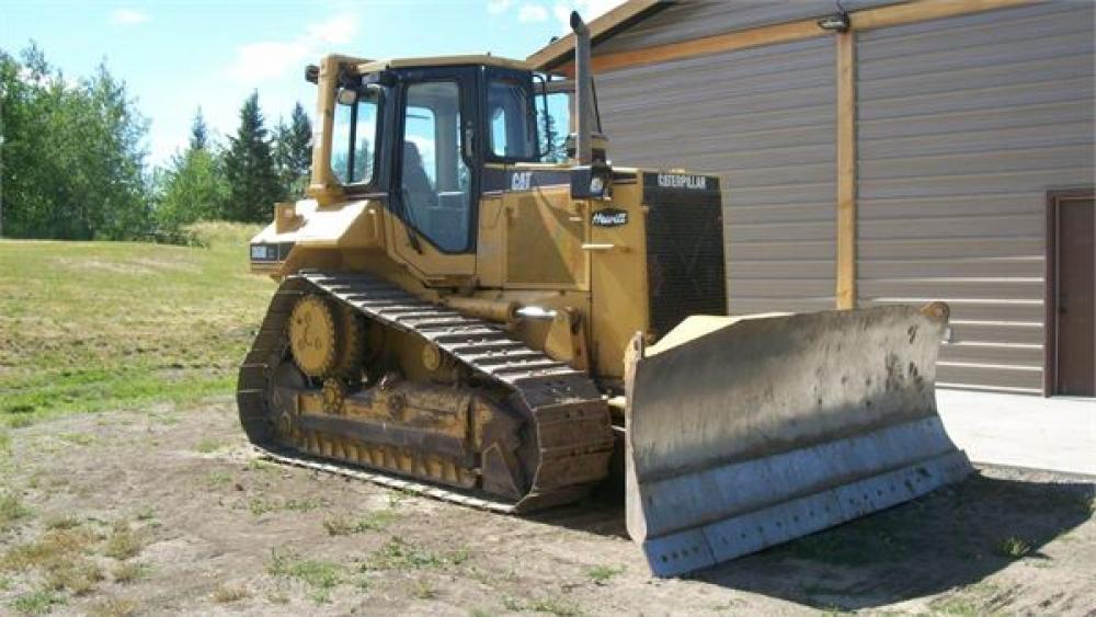 Detail photo of 1999 Caterpillar D6M XL from Construction Equipment Guide