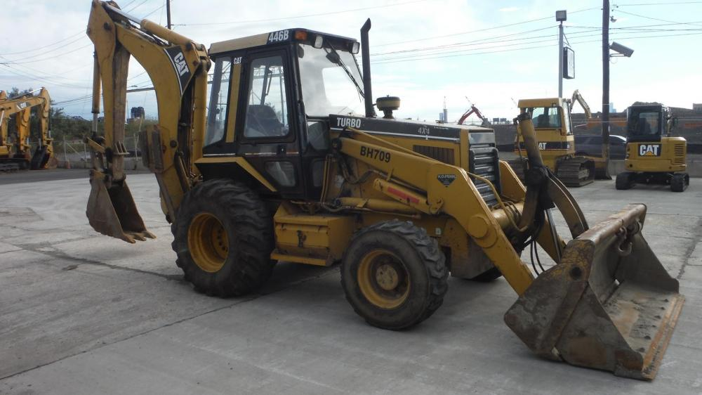Detail photo of 1999 Caterpillar 446B from Construction Equipment Guide
