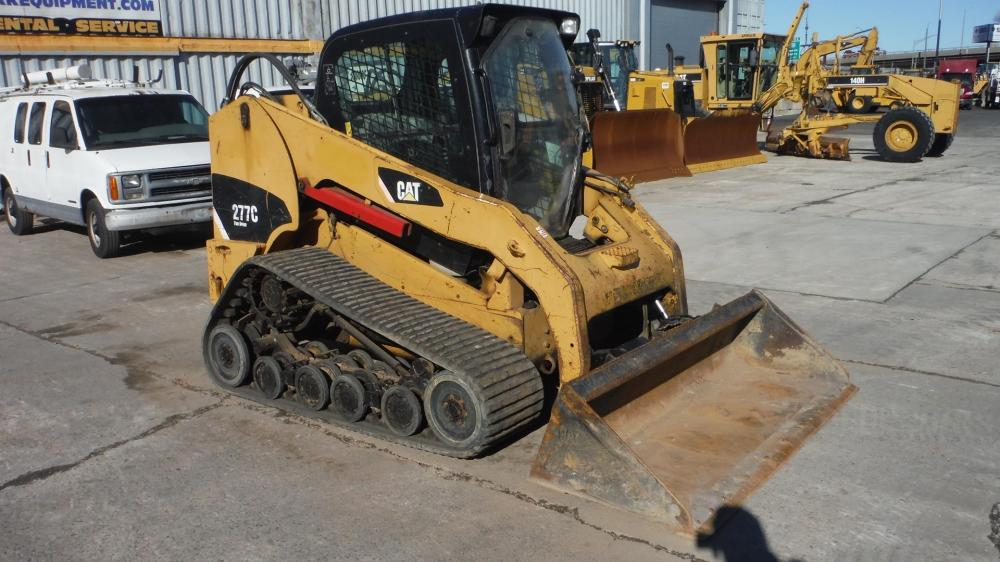 Detail photo of 2008 Caterpillar 277C from Construction Equipment Guide