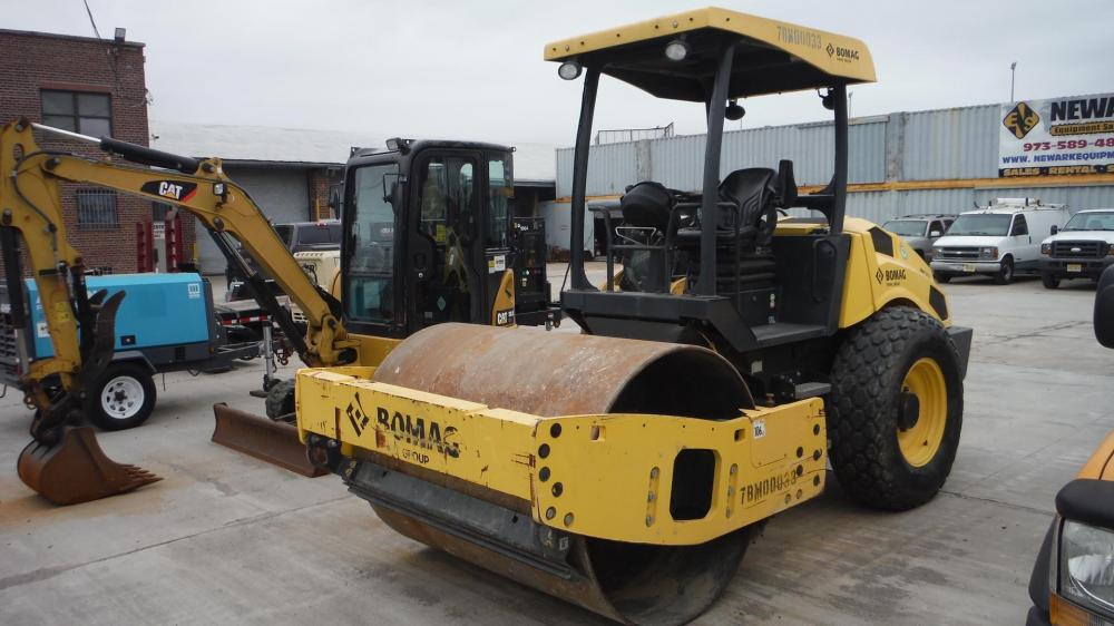 Detail photo of 2014 Bomag BW 177 D-5 from Construction Equipment Guide