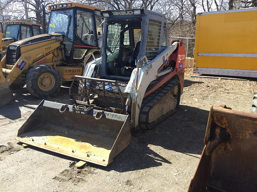 Detail photo of 2006 Takeuchi TL130 from Construction Equipment Guide