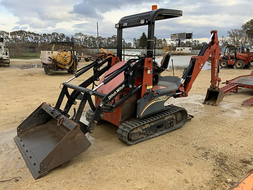 Detail photo of 2012 Ditch Witch XT1600 from Construction Equipment Guide
