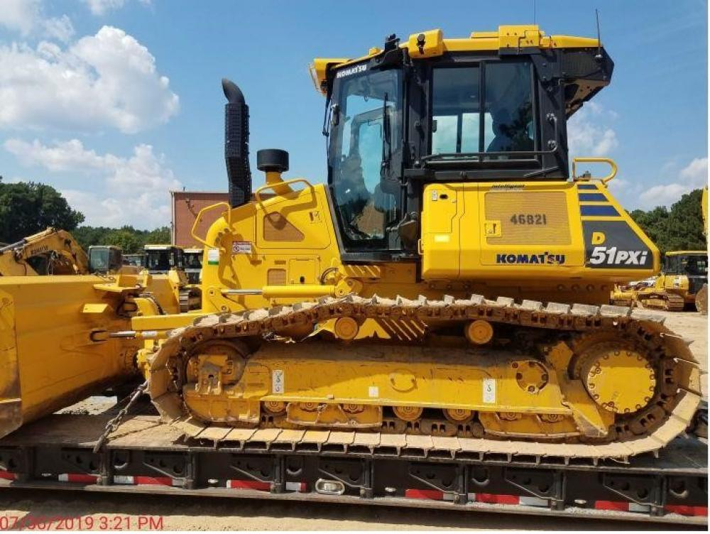 Detail photo of 2018 Komatsu D51PXI-24 from Construction Equipment Guide