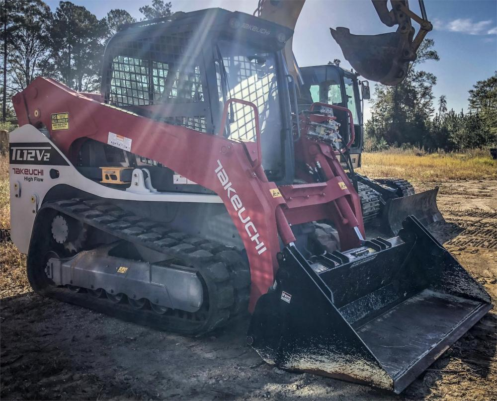 Detail photo of 2018 Takeuchi TL8R from Construction Equipment Guide