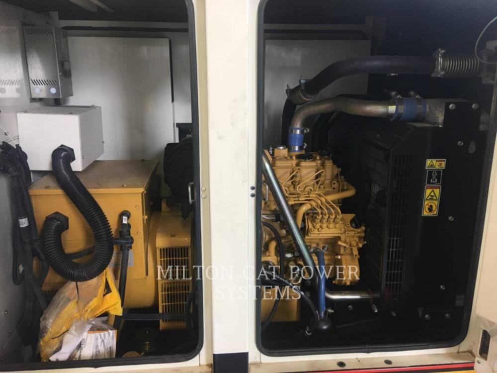 Detail photo of 2010 Caterpillar XQ30 from Construction Equipment Guide