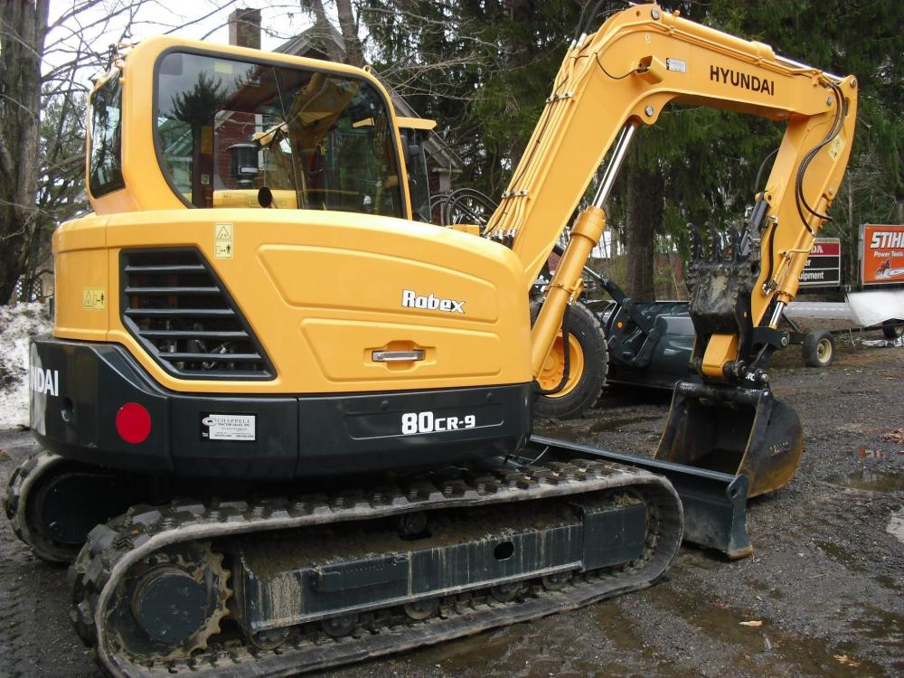 Detail photo of 2014 Hyundai ROBEX 80CR-9A from Construction Equipment Guide