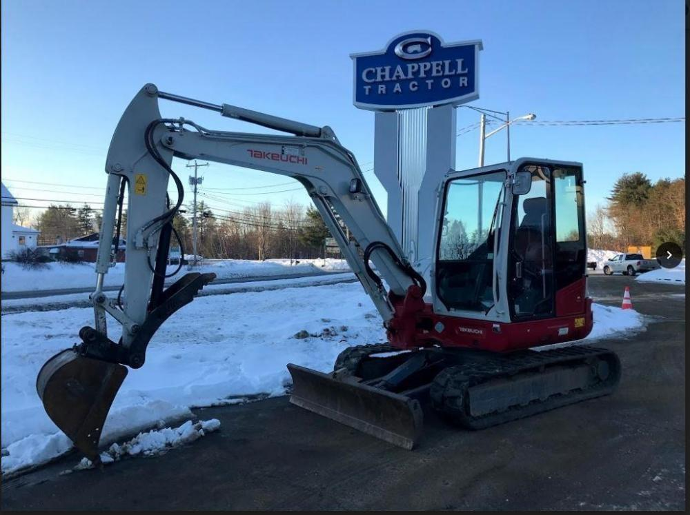 Detail photo of 2013 Takeuchi TB260CR from Construction Equipment Guide