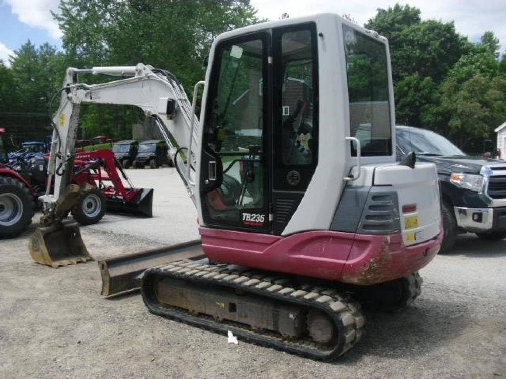 Detail photo of 2011 Takeuchi TB235 from Construction Equipment Guide