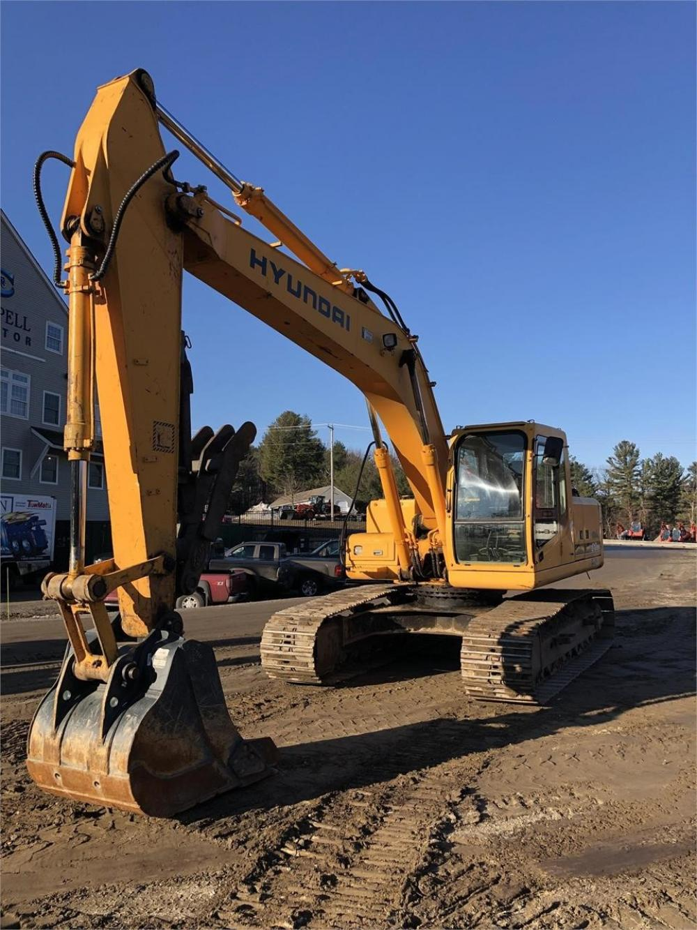 Detail photo of 2003 Hyundai ROBEX 210 LC-7 from Construction Equipment Guide