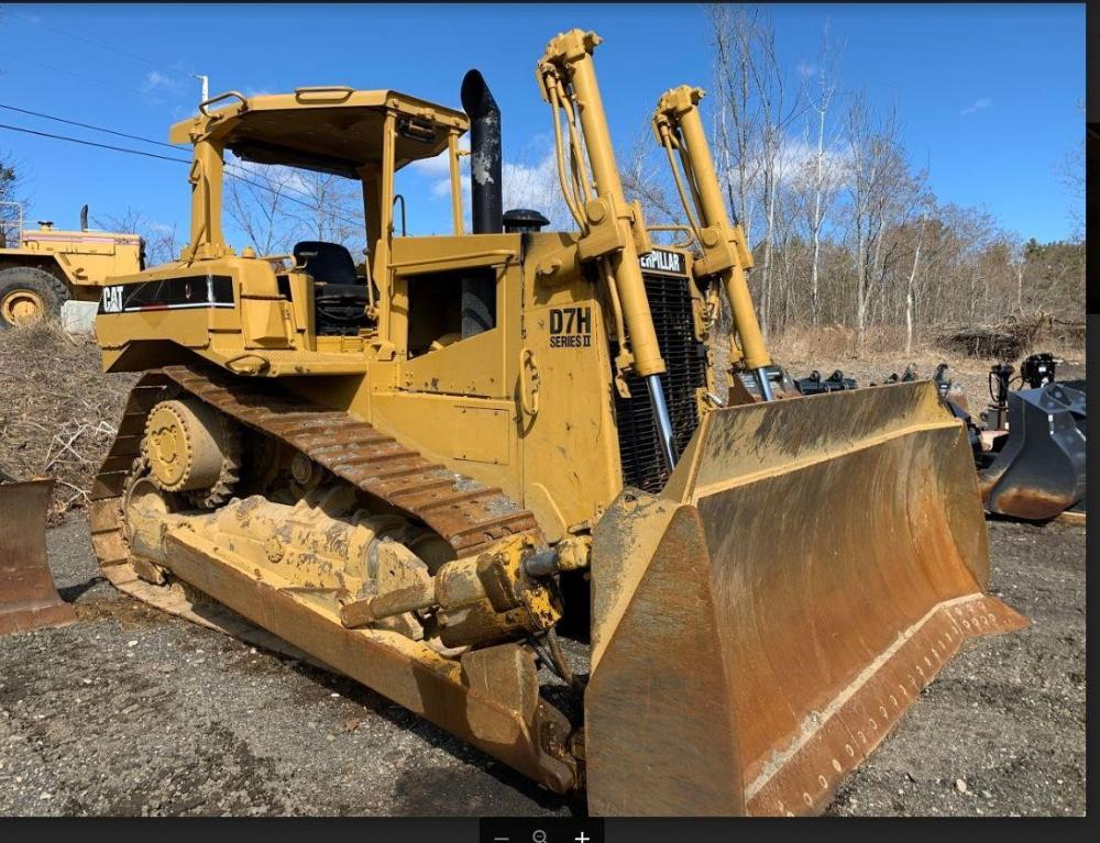 Detail photo of 1987 Caterpillar D7H II from Construction Equipment Guide