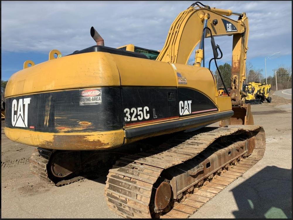 Detail photo of 2003 Caterpillar 325CL from Construction Equipment Guide