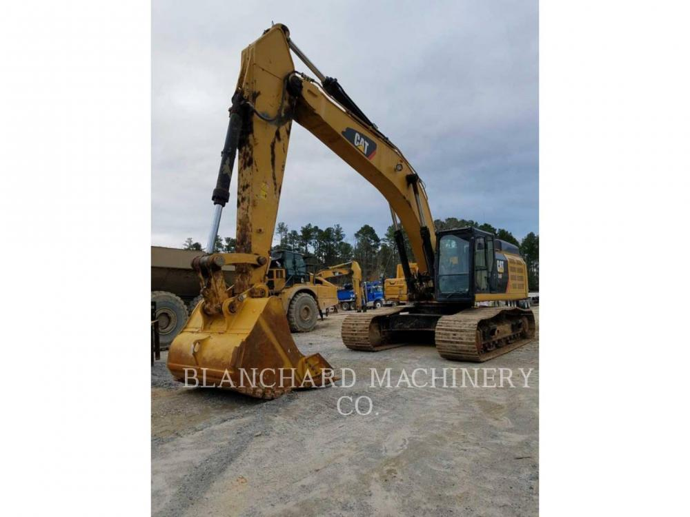 Detail photo of 2015 Caterpillar 349F from Construction Equipment Guide