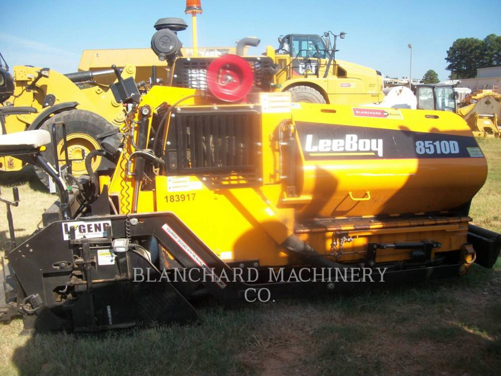 Detail photo of 2018 LeeBoy 8510D from Construction Equipment Guide