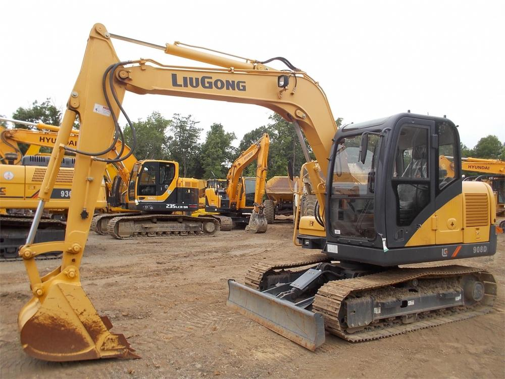 Detail photo of 2013 LiuGong 908D III from Construction Equipment Guide