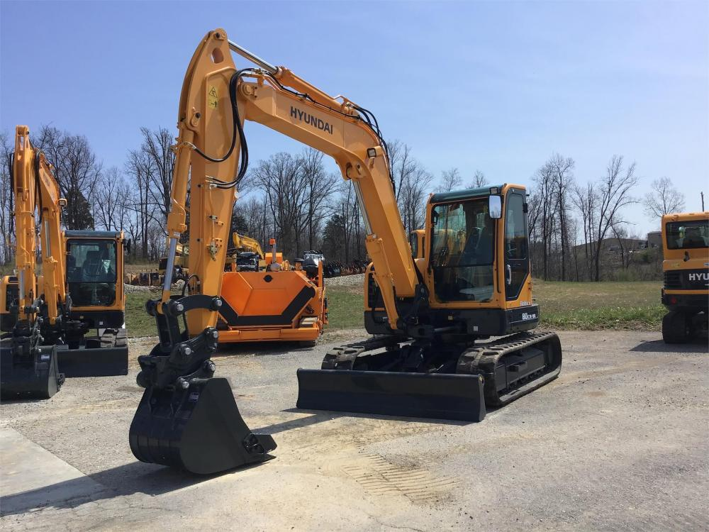 Detail photo of 2018 Hyundai ROBEX 80CR-9A from Construction Equipment Guide