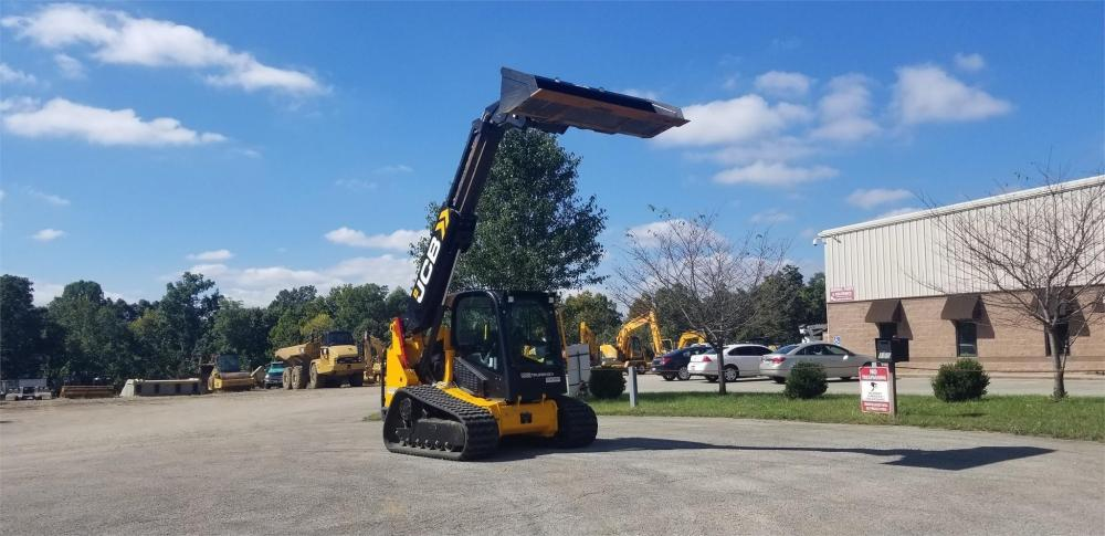 Detail photo of 2018 JCB 3TS-8T from Construction Equipment Guide