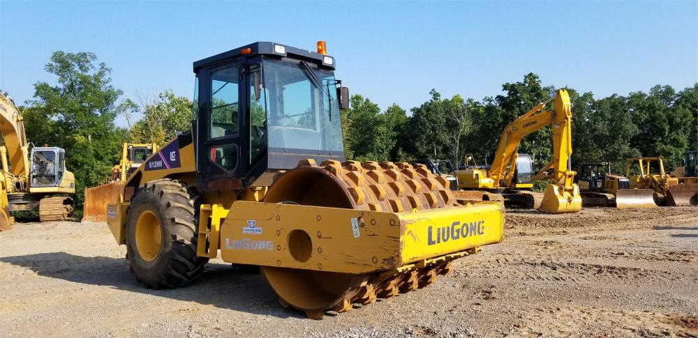 Detail photo of 2014 LiuGong 612HIII from Construction Equipment Guide
