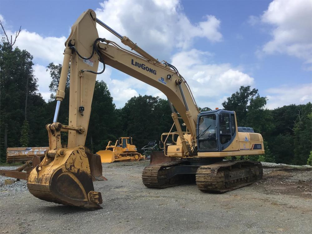 Detail photo of 2013 LiuGong CLG936D from Construction Equipment Guide