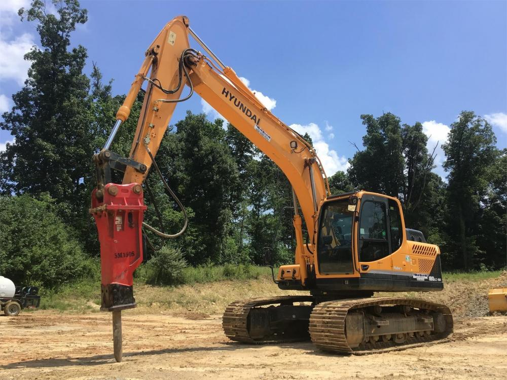 Detail photo of 2014 Hyundai ROBEX 180 LC-9A from Construction Equipment Guide