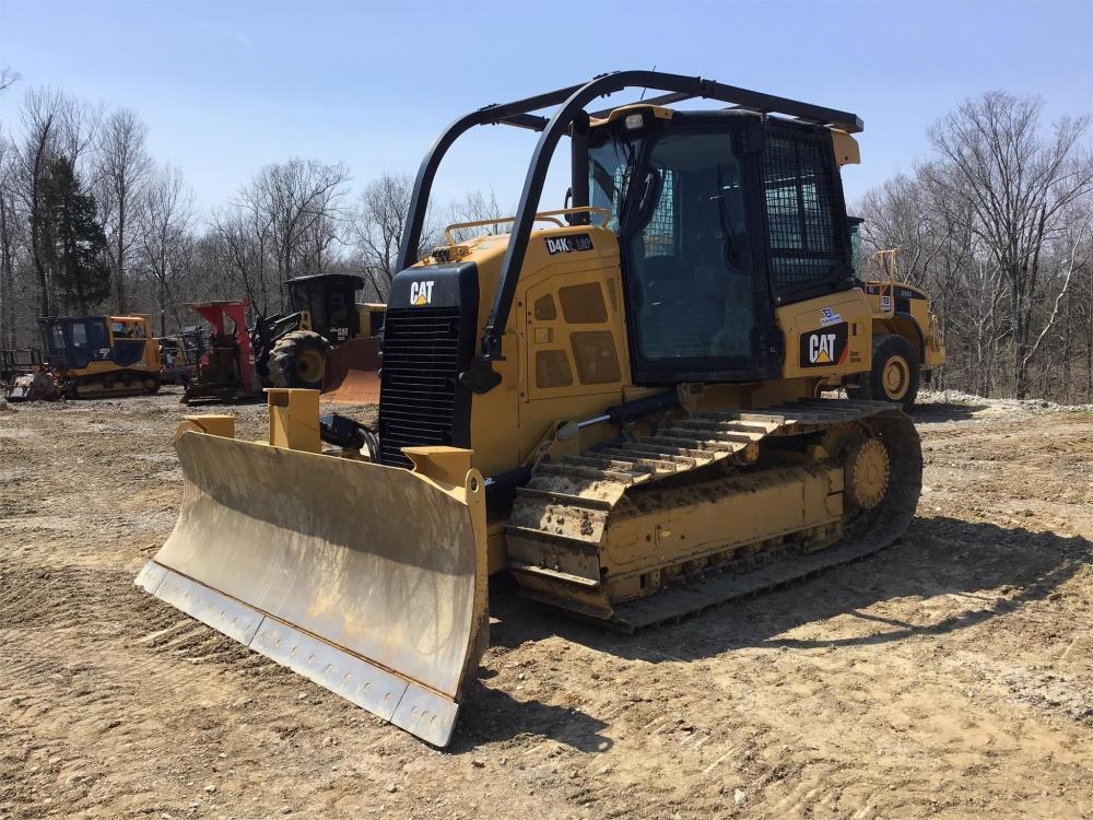 Detail photo of 2015 Caterpillar D4K LGP II from Construction Equipment Guide