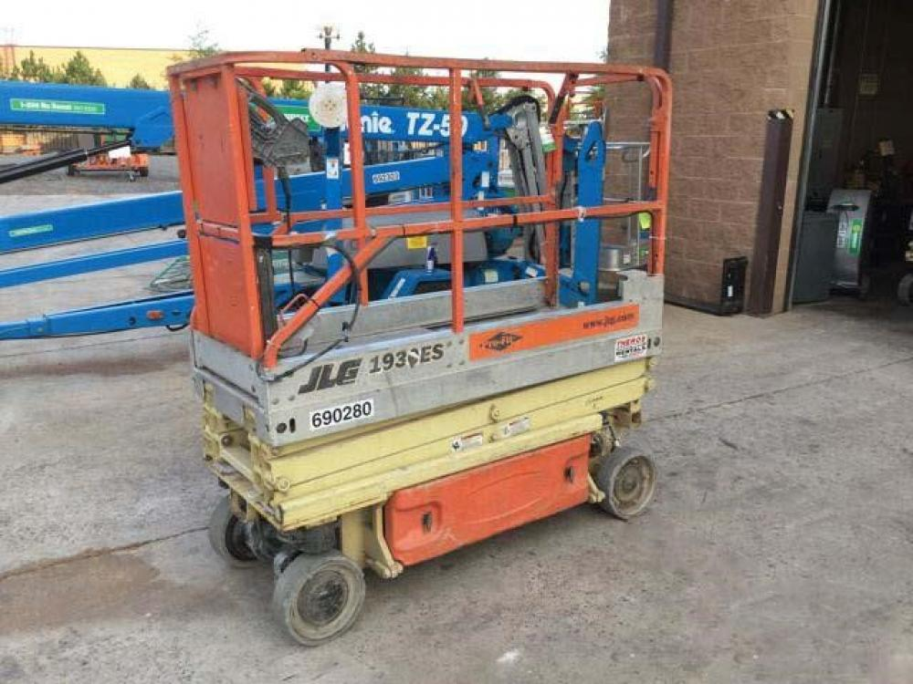 Detail photo of 2006 JLG 1930ES from Construction Equipment Guide