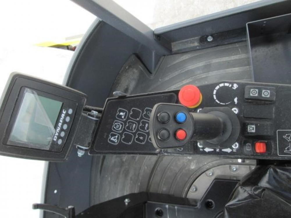 Detail photo of 2015 Dynapac CA1500 from Construction Equipment Guide