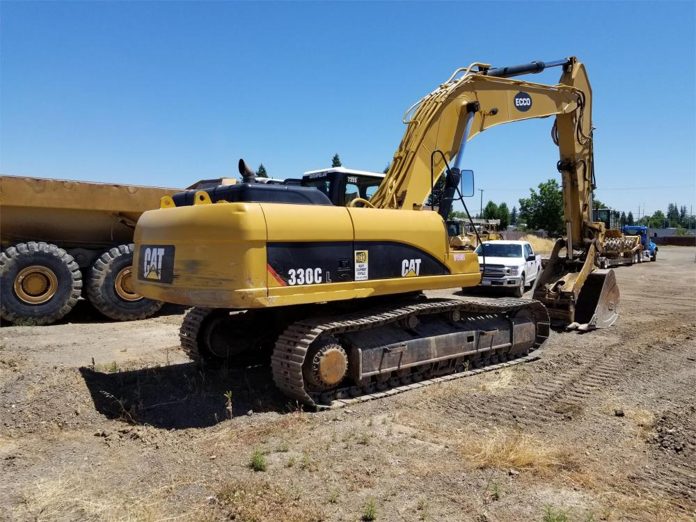 Detail photo of 2005 Caterpillar 330CL from Construction Equipment Guide