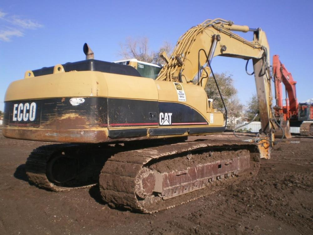 Detail photo of 2002 Caterpillar 330CL from Construction Equipment Guide