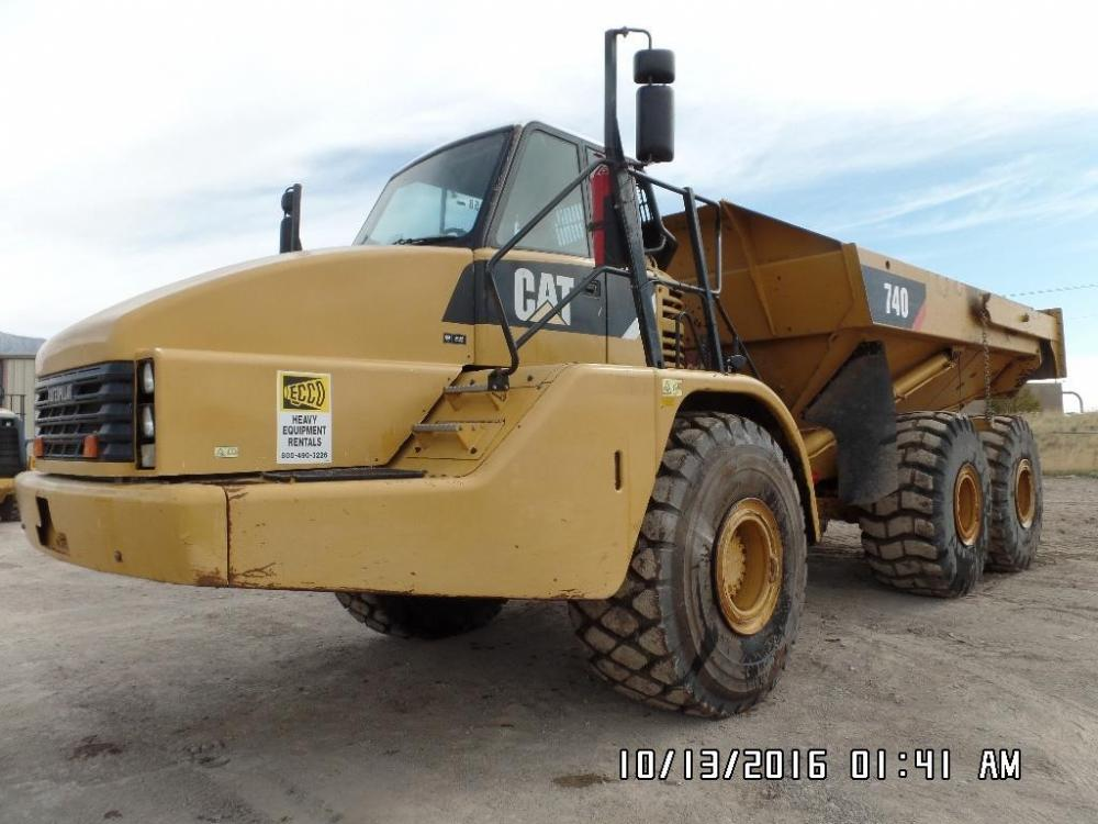 Detail photo of 2007 Caterpillar 740 from Construction Equipment Guide